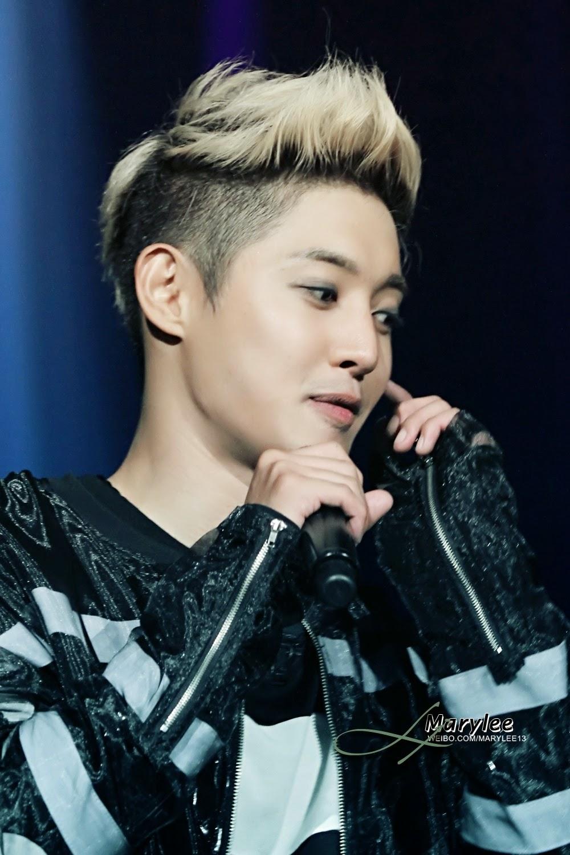 hq photos   download link  kim hyun joong gorgeous during phantasm world tour concert 2014